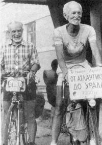 Рядом с Георгием Красовским